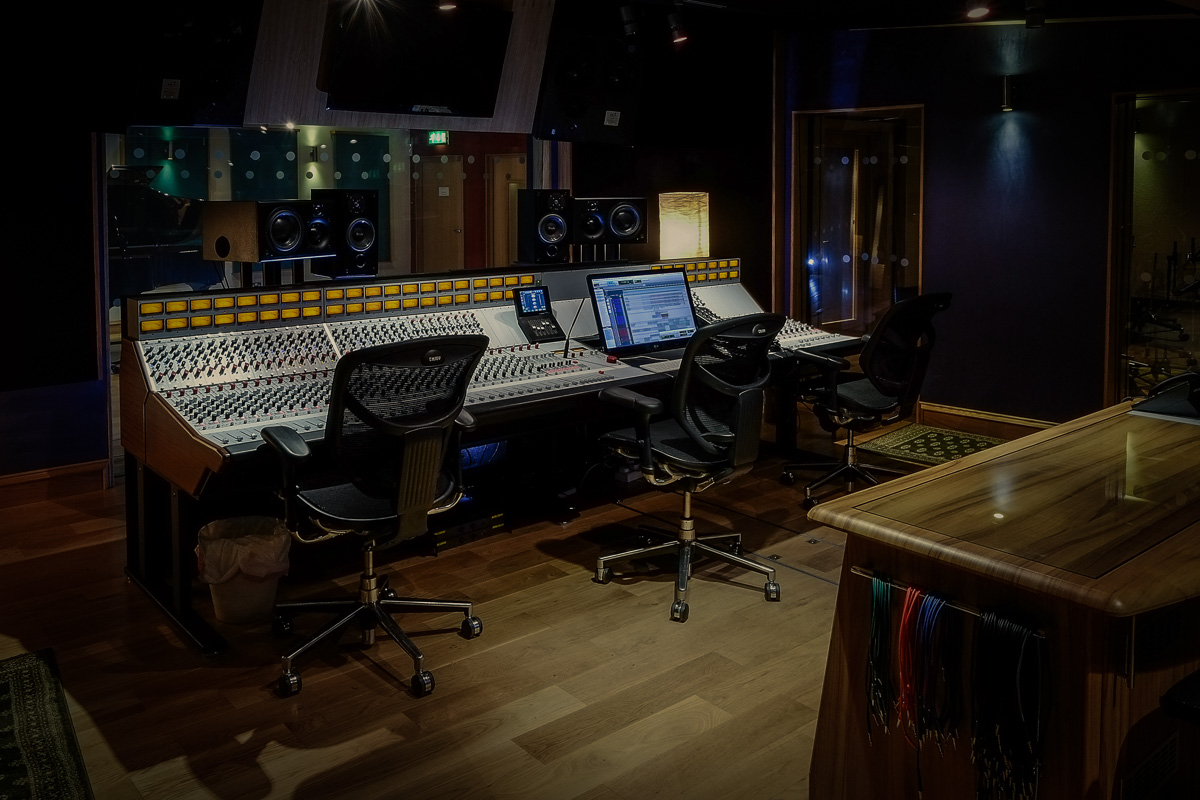 THREE HIGH-END RECORDING STUDIOS